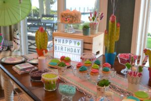 Bright & colorful birthday party!! Kids birthday party at home, party ideas